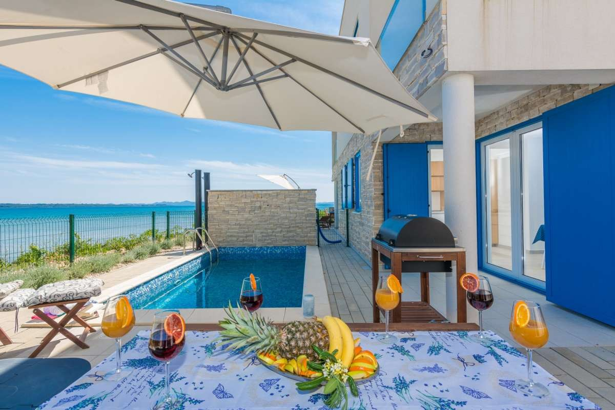 Tips on Renting a Villa with a Pool in Croatia at an Affordable Price