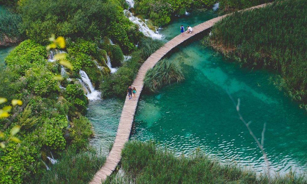 Octopus Transfer to National Park Plitvice Lakes - Adriatic Luxury Villas
